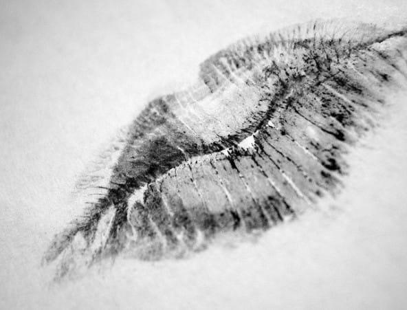 Une bouche parfaite avec l'encre à lèvres