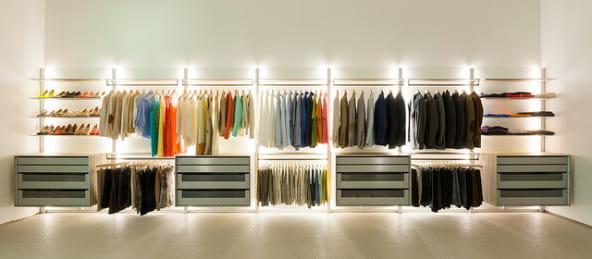 Gestion de la garde-robe : une des étapes d'un relooking complet